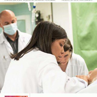Plusieurs soignant s'occupent d'un patient