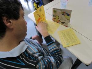 Julien et son livre